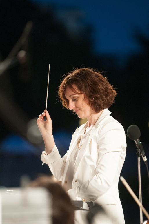 Maestra Tania Miller conducting Symphony Splash in 2013